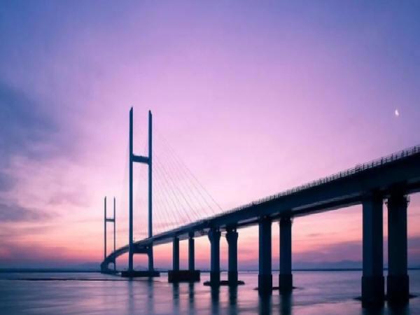 大型桥梁健康监测系统设计