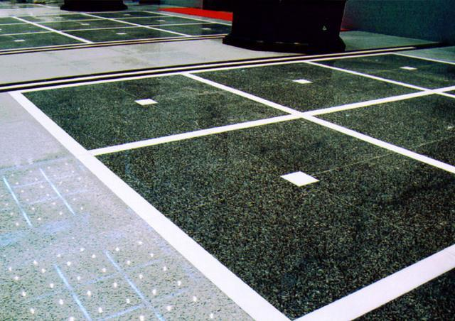 鲁班奖工程的复合地板、PVC塑胶地板、地毯施工控制要点