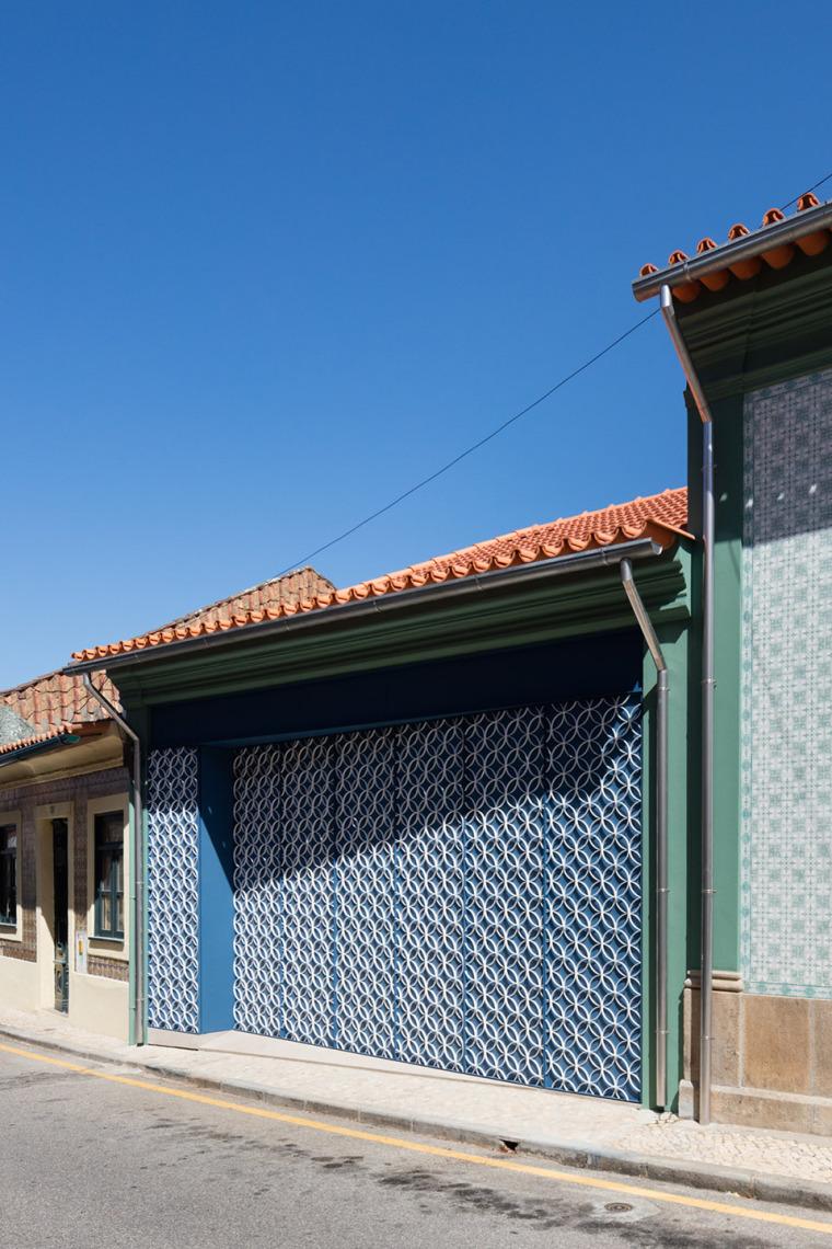 葡萄牙奥瓦尔住宅-15