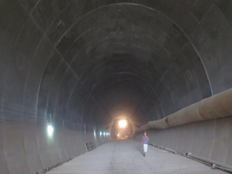[QC成果]控制隧道二次衬砌砼结构外观质量