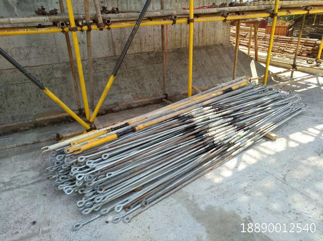 一种新型悬挑架的安装搭设装置_21