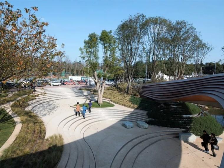 成都麓湖生态城G1艺展公园