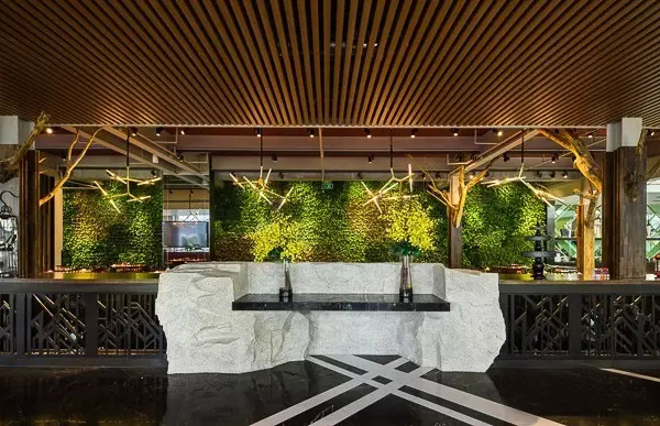 北京极富艺术感的树餐厅_8