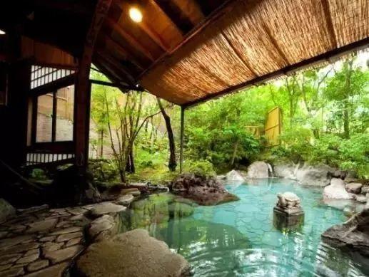 10个日本最美小镇_11