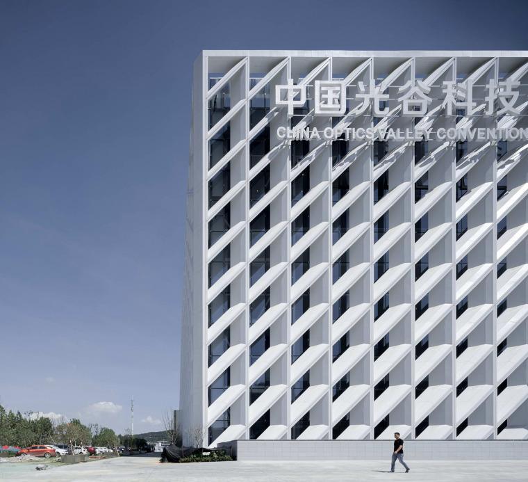 武汉中国光谷科技会展中心-4