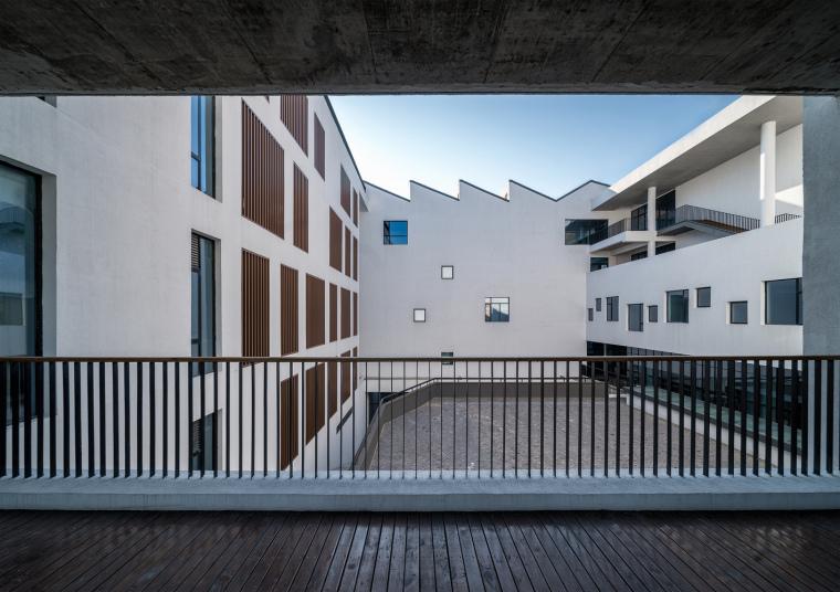 安徽大学艺术与传媒学院美术楼-13