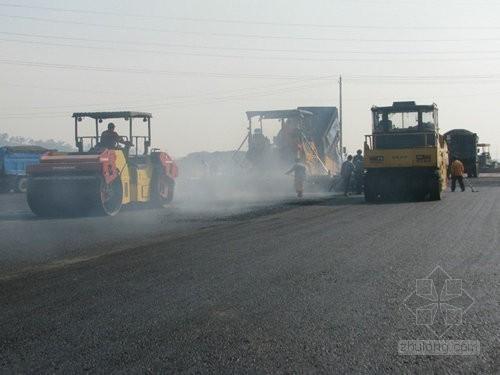 道路路面工程全程监理实施细则 140页(参考价值非常高)