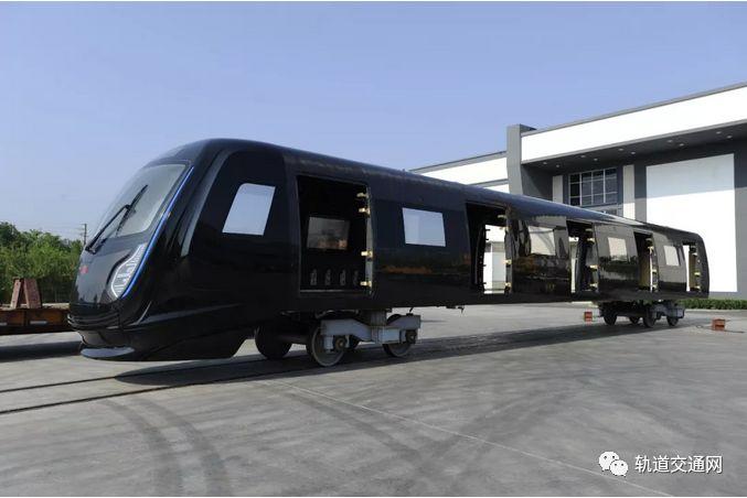 中国中车:新一代碳纤维地铁车辆全球发布!_14
