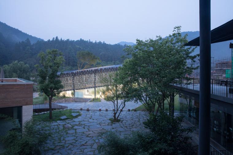 景德镇三宝蓬陶瓷设计中心-010-jingdezhen-sanbaopeng-ceramic-design-center-china-by-office-mass