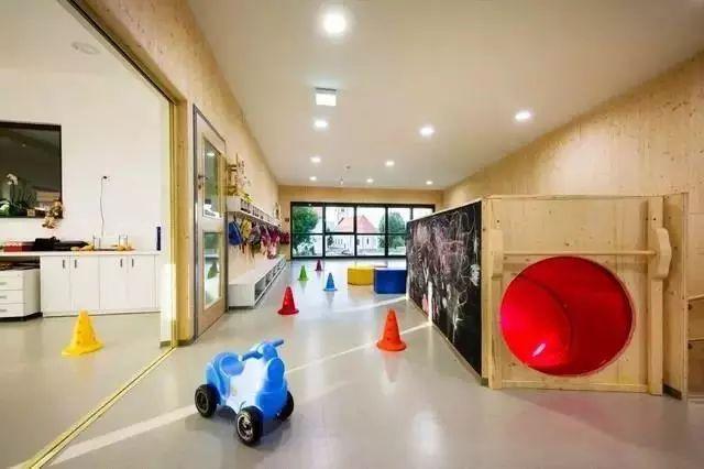 [创意必读]各国优秀的幼儿园景观设计欣赏_4