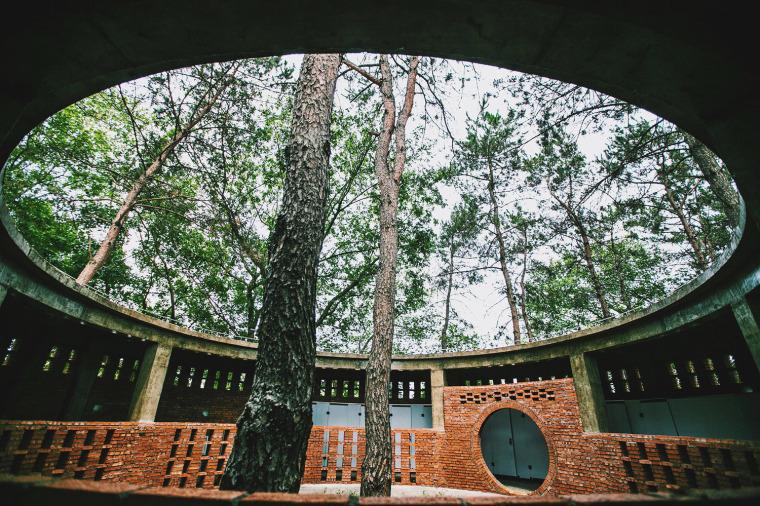 湖北澴河环厕建筑-7