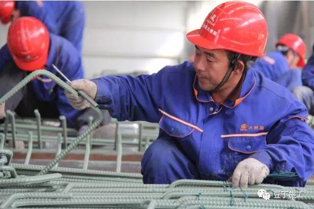 案例欣赏:港珠澳大桥8大关键施工技术_35