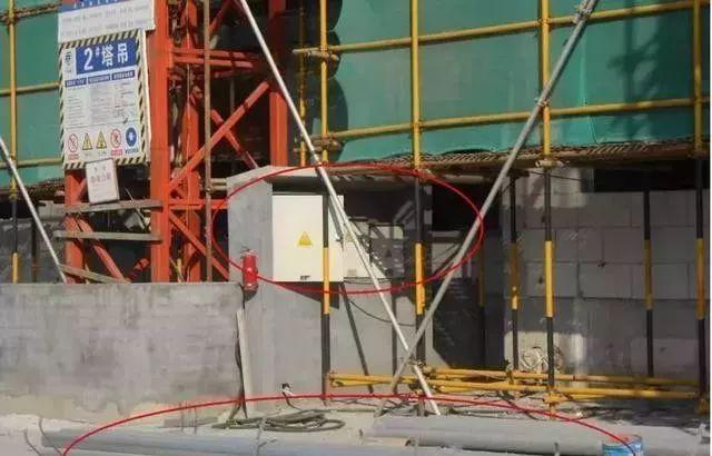建筑施工现场临时用电安全隐患,全都是错误做法!_7