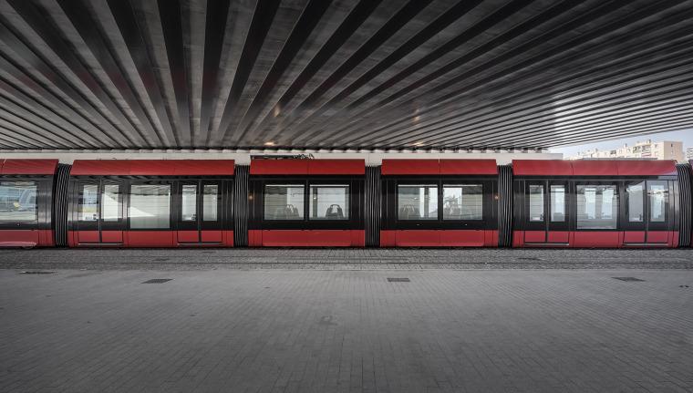 法国尼斯新综合联运枢纽中轴线-6