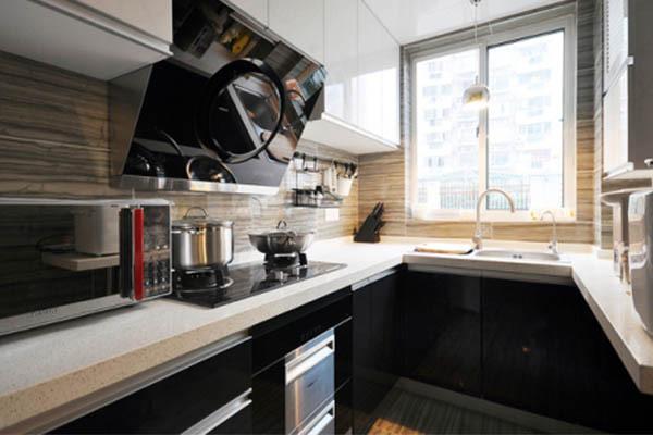 厨房装修小空间打造大厨房氛围