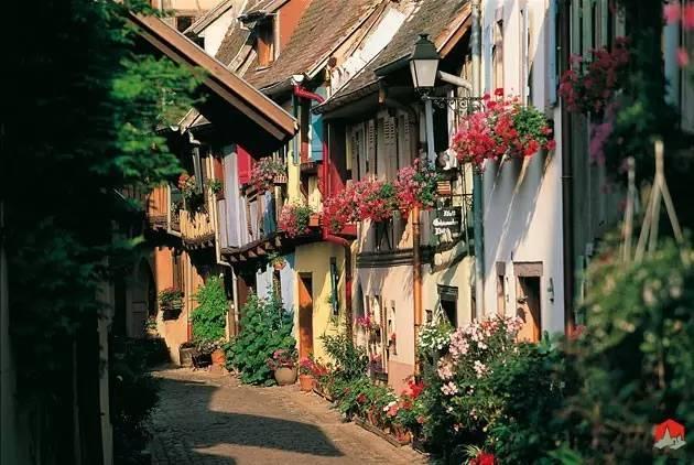 """四个最美的法国小镇,我愿在此""""终了余生""""..._37"""