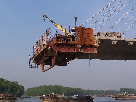 斜拉桥施工工艺(PPT,26页)