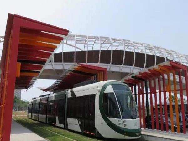 轻轨与城市道路衔接模式研究