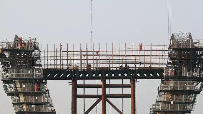 """揭秘上海""""扎根最深""""大桥:锤击35万次,刷新上海内河航道桥梁桩_4"""