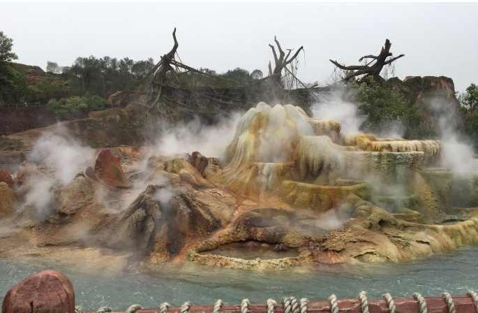迪士尼假山烟雾效果图