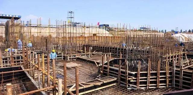 桩承台施工的工艺流程、基坑开挖、钢筋绑扎等技术问题_8