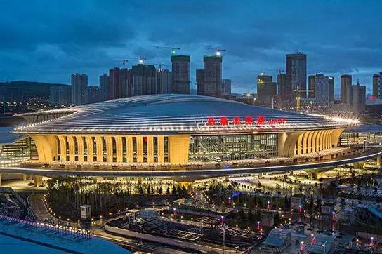 评选中国最美的高铁站_10