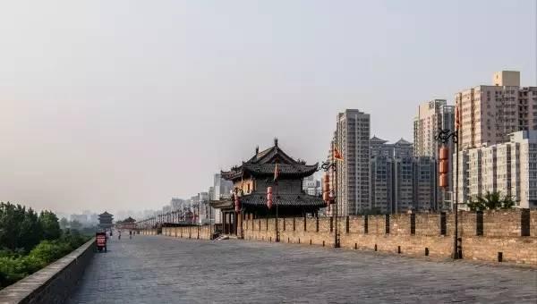 全球50个地标性建筑,认识10个就算你合格!-西安古城墙(陕西•西安).jpg
