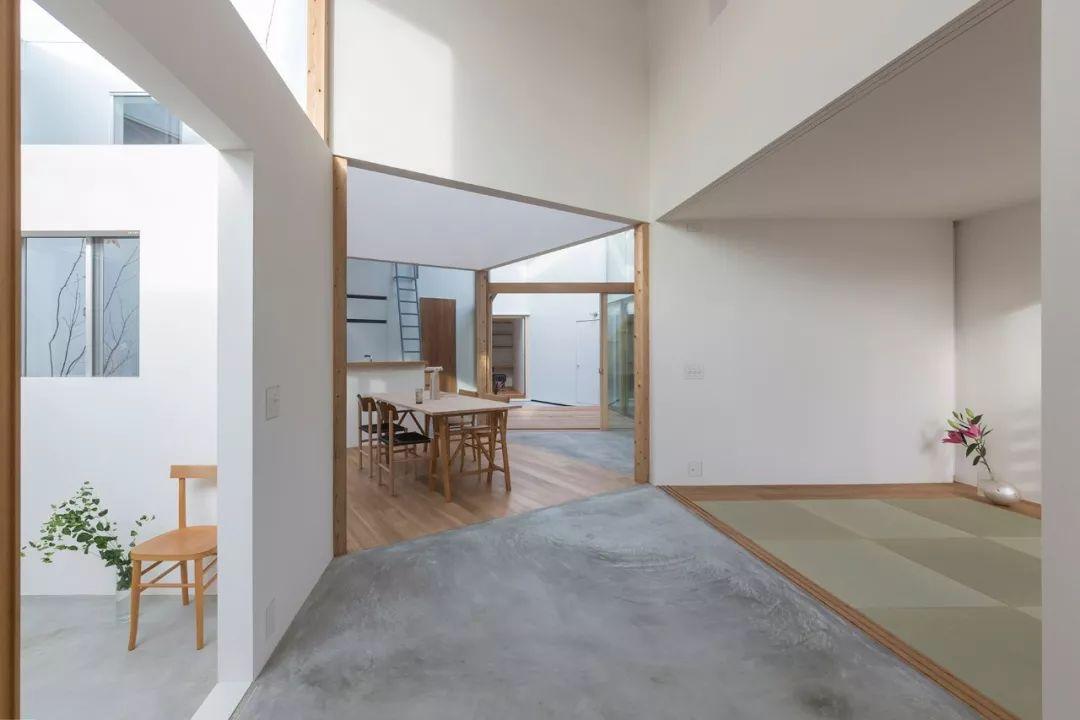 这些日本房子看着很简陋,但空间布局令人咋舌!_43