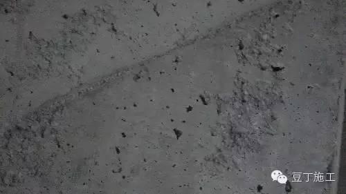 [干货]混凝土施工常见缺陷、原因及处理方法