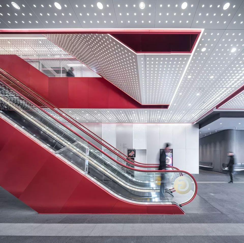重新连结城市生活-上海世茂广场改造,上海/Kokaistudios_13