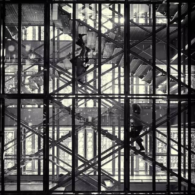 从《盗梦空间》到《奇异博士》,还有那些扭曲的建筑空间_21