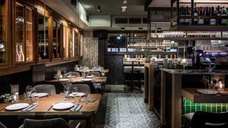 完备的西餐厅设计方案主要包括哪些方面呢?_2