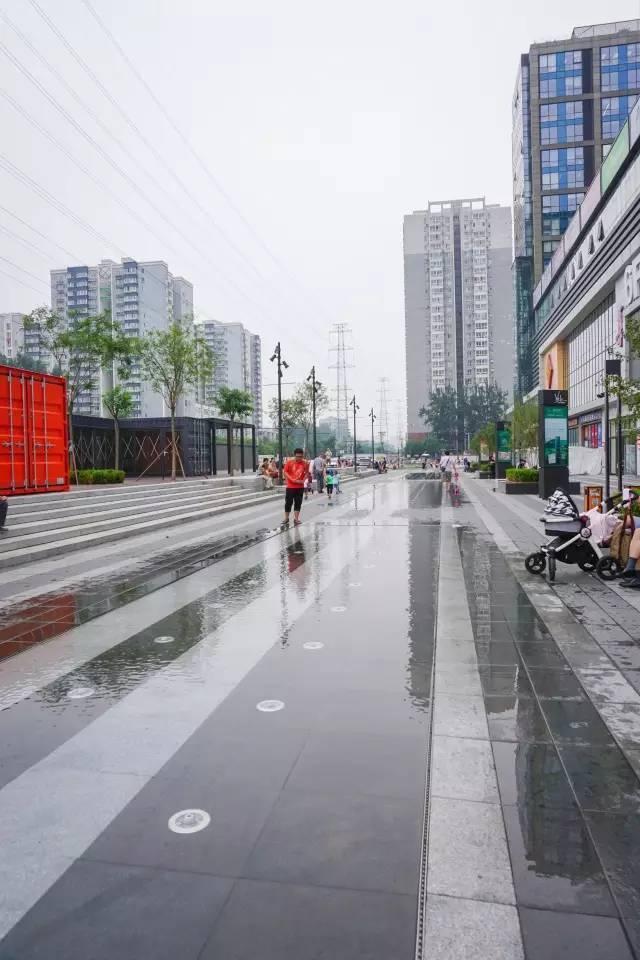 一个单词产生的设计灵感,结果火了北京的商业广场~_19