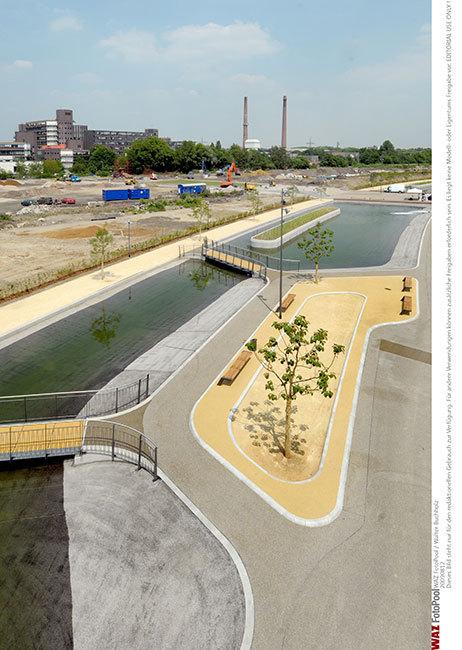 德国埃森大学公园景观设计_6