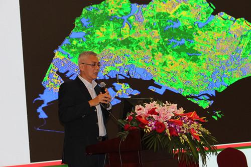 国际顶级专家热议绿色城市与新型城镇化建设_6
