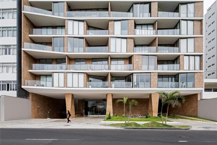 优雅与成熟的AVA住宅楼