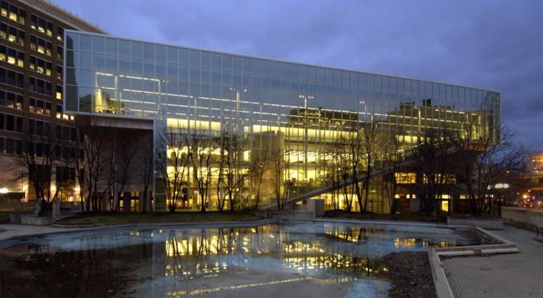 加拿大温尼伯图书馆扩建