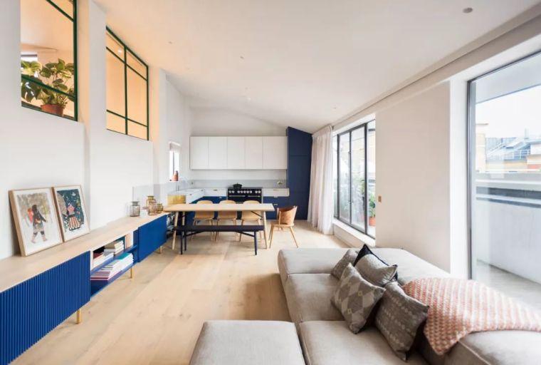 顶层公寓惊艳改造, 这些定制家具让人大开眼界