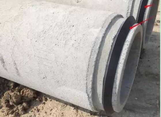 排水管国外施工现场,对比学习起来~