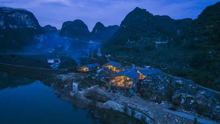 中国第一个百米崖壁上的美术馆!_23