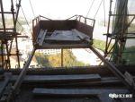 检查工地时,发现悬挑式物料钢平台存在诸多问题,大家工地有吗?