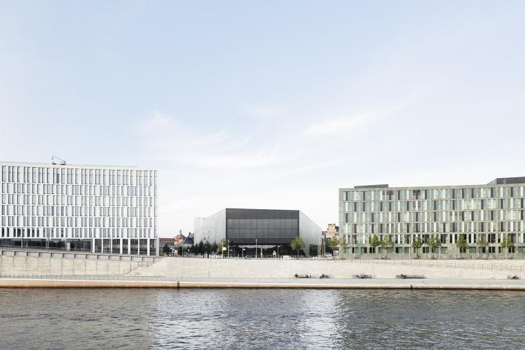 德国低耗能的会展中心-1