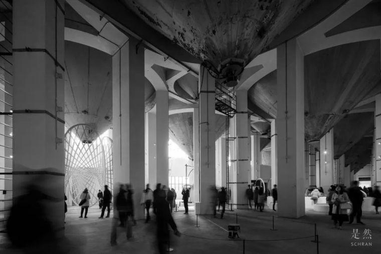 """建筑师爆改""""巨无霸""""老粮仓,除了新增100多米长的扶梯,竟还…_11"""