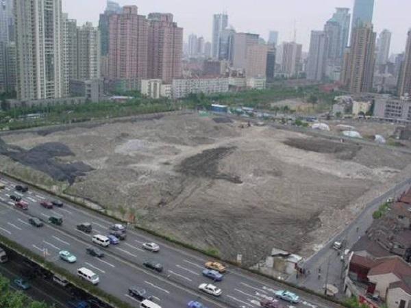 大面积超深基坑逆作施工成套技术