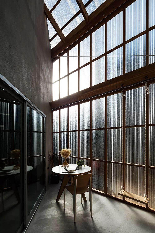 这些日本房子看着很简陋,但空间布局令人咋舌!_24