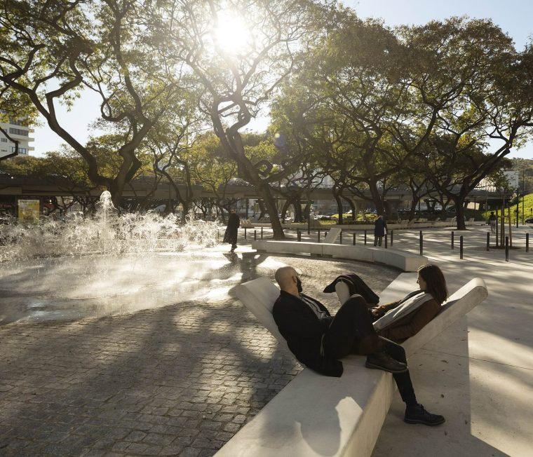 葡萄牙里斯本泉池公园-5aed0a5ad5a99