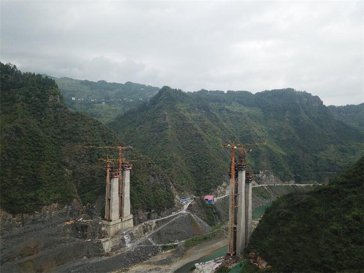 石黔高速8座隧道已贯通 视频远程监控施工不达标自动报警