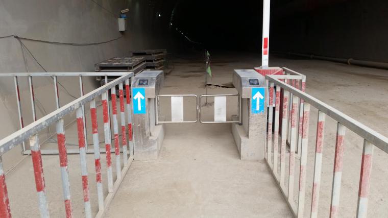 房建及隧道工程安全文明标准化工地建设实施手册(word,85页)-门禁管理系统