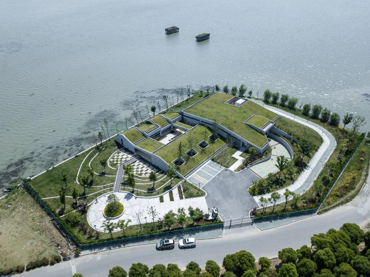 东太湖防汛物资仓库工厂周围景观