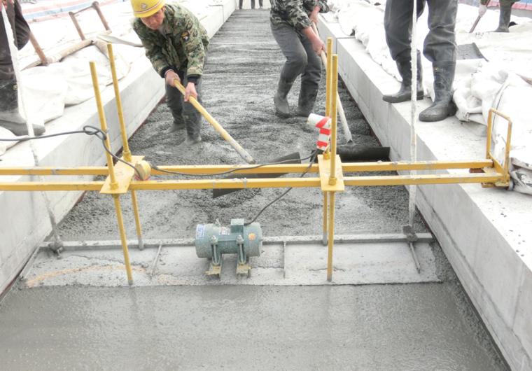 桥面防水层、贯通地线敷设施工工艺